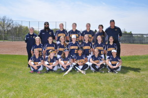 Clarkston Varsity Softball team. Photo by Visual Sports Network