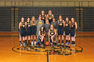 The Clarkston Girls Varsity Basketball team. Photo by Visual Sports Network