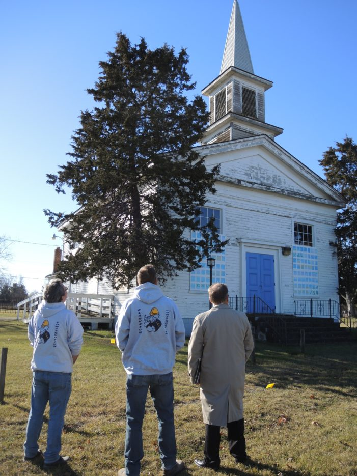Construction tech students renovate church