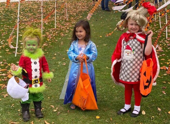 Early Halloween, Early Christmas