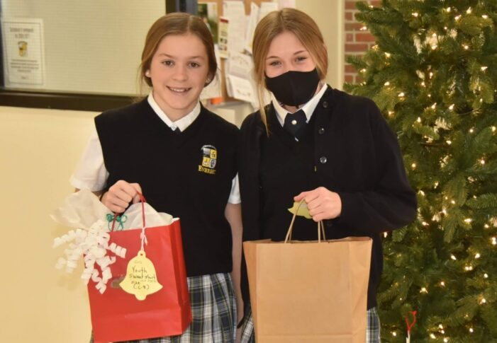 Everest students get in holiday spirit by giving back