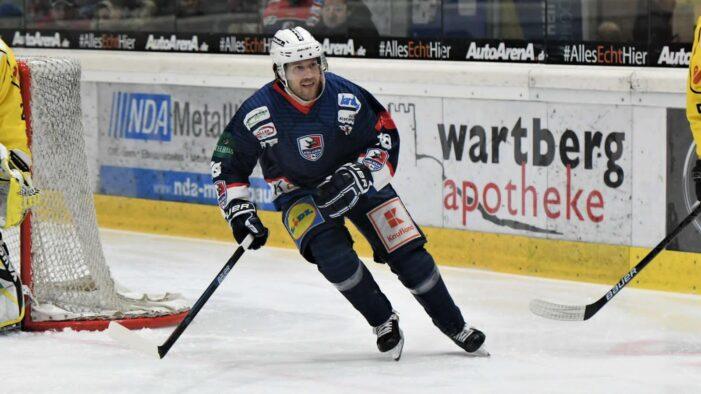 From Davisburg to Germany, Miller's hockey passion burns